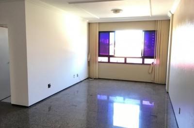 Apartamento com 3 Suítes + Dependência + 03 Vagas - Papicu